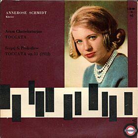 Annerose Schmidt am Klavier