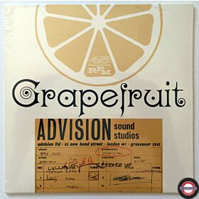 "Grapefruit ‎– Lullaby / Sweet Little Miss No Name - 7"" Single"