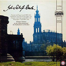 Bach: Toccata und Fuge in d-moll ... Passacaglia